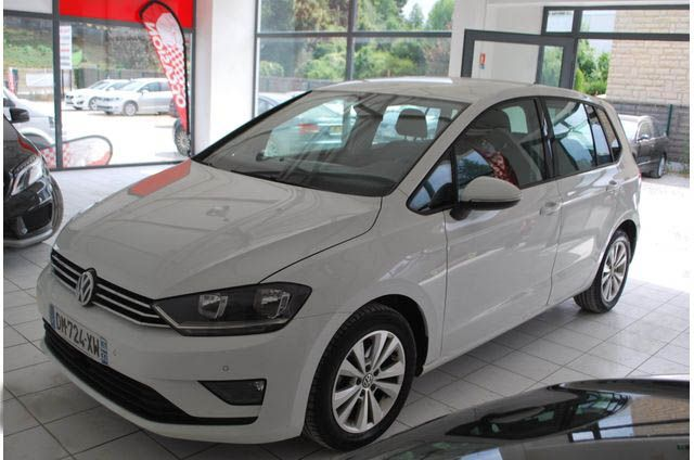 Volkswagen, Golf Sportsvan, Essence, Compact, 399 €, 5 places