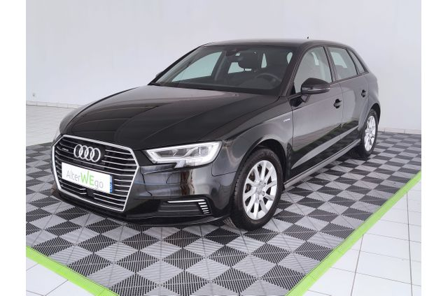 Audi, A3 Sportback, Essence, Compact, 549 €, 5 places