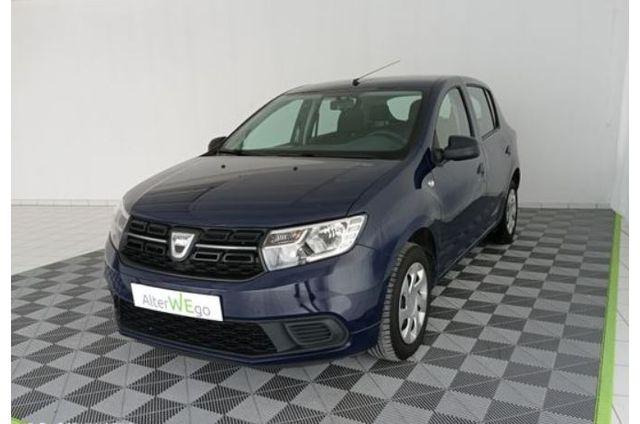 Dacia, Sandero Laureate Clim, Essence, Citadine, 219 €, 5 places